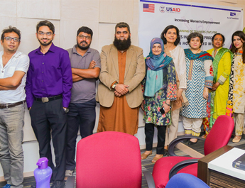 Dec 28, 2016: IBA AMAN CED in collaboration with Aurat Foundation launched a CIE program for Women Home Based Workers