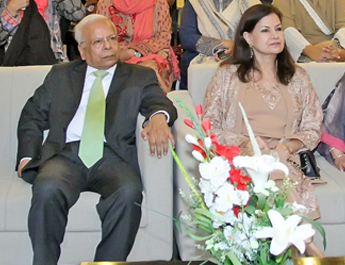 IBA Faculty Bids Farewell to Dr. Ishrat Husain